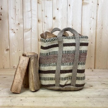 Panier à bûches renforcé en jute naturelle tressée couleur Vert Rouille, 45cm de hauteur et 37cm de diamètre.