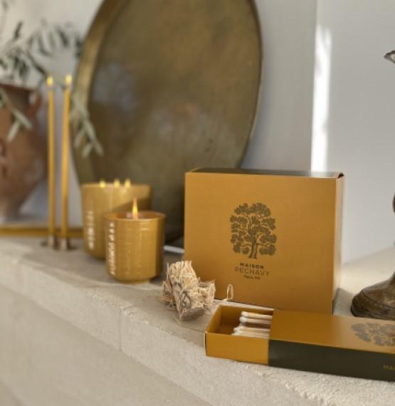 Nos produits 100% naturels et éco-responsables : allume-feux, allumettes, bougies et parfums.